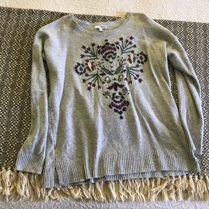 Size LG Sonoma Embroidered Sweater